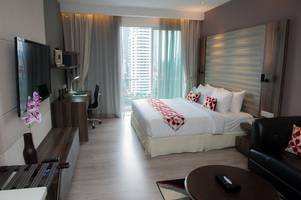 celebrate christmas in kl with ramada suites by wyndham klcc