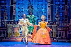 is the aladdin panto at hull new theatre worth a visit this christmas? oh yes it is