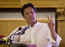 india hits back at imran khan for criticising cab