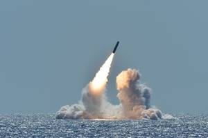 us test fires nuclear-capable missile over pacific ocean