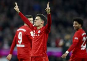 coutinho hat trick as bayern bounces back to rout bremen