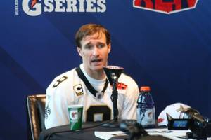 drew brees sets nfl record for touchdown passes