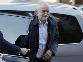 jeremy corbyn apologises to remaining labour mps at tense parliamentary meeting