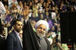 iran leader urges deeper muslim links to fight u.s. 'hegemony'