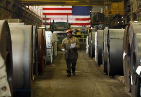 consumers fueled us economy in 3rd quarter as tariffs hit business investment