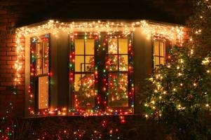 caller rings 999 to complain about neighbour's christmas lights flashing