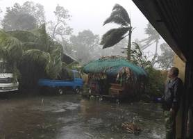 typhoon phanfone makes landfall in philippines on xmas eve