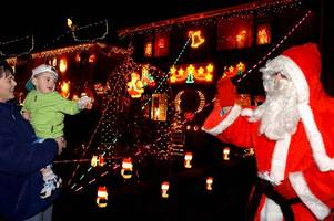 welsh street's epic christmas lights that people from all over the world came to visit