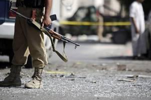 17 civilians killed in 3rd attack on yemen market