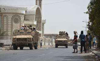 blast hits military parade in yemen, at least five dead