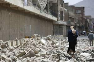 houthis threaten to strike sensitive sites in saudi arabia, uae