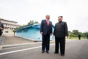 trump shrugs off kim jong un's nuclear testing threat: 'he likes me'