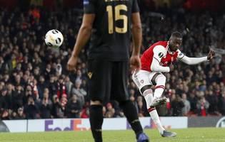 arsenal blow away man utd 2-0 to hand manager arteta first win