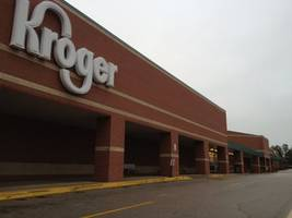 kentucky kroger guard charged with stabbing customer