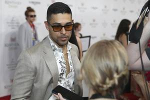ncis star wilmer valderrama is engaged to model amanda pacheco