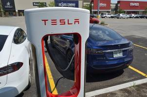 there's a new biggest bull on tesla and he thinks the stock is going to $515