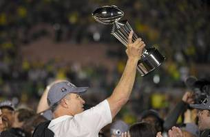 cristobal's new-look oregon looks to build on rose bowl win