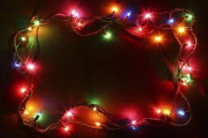 bargain pringles hack that stops christmas lights getting tangled labelled 'genius'