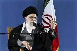 ayotollah ali khamenei responds to bahgdad airstrike that killed qasem soleimani