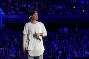 justin bieber drops long-awaited music with 'yummy'