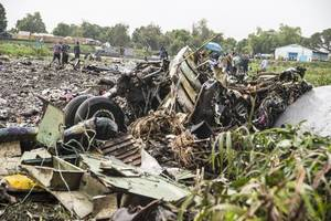 sudanese military plane crashes in west darfour, 16 killed