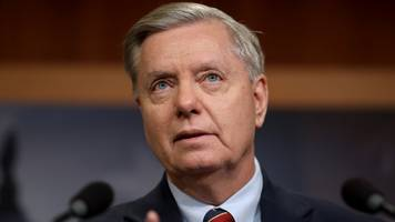 lindsey graham threatens to change rules to start impeachment trial