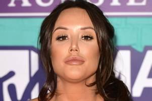 charlotte crosby makes chaotic start on i'm a celebrity australia 2020