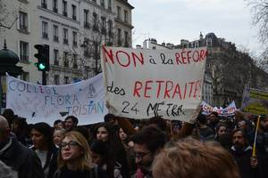 france enters crucial week of talks with unions on pensions