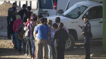 border agents are now collecting dna from some detained migrants