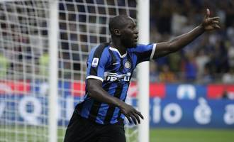 lukaku double keeps inter top after ronaldo's first serie a hat-trick