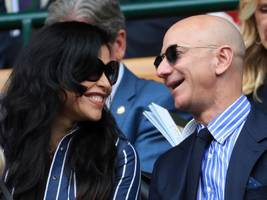 One year has passed since we found out about Jeff Bezos' dramatic divorce and his relationship with Lauren Sanchez — here's everything that's happened (AMZN)