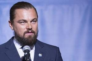 leonardo dicaprio helps rescue drunk man who fell overboard and treaded water for 11 hours