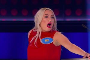 'family feud canada' contestant is super confident in her terrible answer (video)