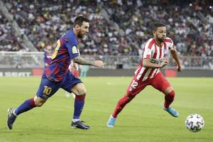 atletico madrid stun barcelona in super cup