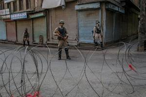india's top court says indefinite kashmir internet shutdown is illegal