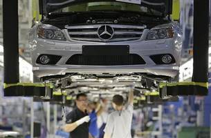 mercedes-benz beats rivals bmw and volkswagen to record higher car sales