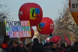 no sight of french deal on pensions as unions hold out