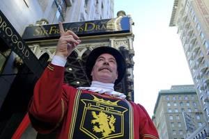 san francisco's beefeater doorman retires after 43 years