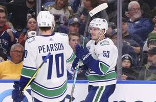 boeser scores twice in canucks' 6-3 win over sabres