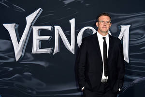 ruben fleischer is top contender to direct tom holland's 'uncharted' for sony