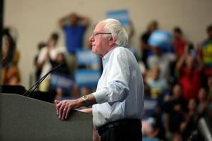 Bernie Sanders Leads in Iowa Poll Weeks Before Iowa Caucuses
