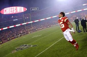 Chiefs revenge tour begins with Houston, gets Tennessee next