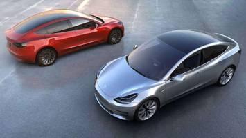 Elon Musk: Tesla Cars Will Soon 'Talk' to Pedestrians