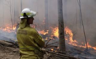 australian 'megablaze' now under control, firefighters say