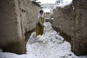 more than 50 killed as heavy snow and floods hit pakistan and afghanistan