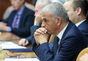 in the all-about-bibi era of politics, kahlon, shaffir fall to bad choices