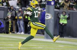 statuesday: the rare postseason stat line of packers' adams
