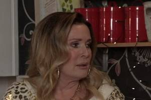 coronation street's liz mcdonald leaves viewers speechless after returning in outrageous outfit