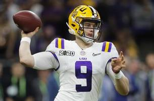 Burrow, LSU cap magical season, beat Clemson 42-25 for title
