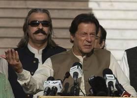 india to invite pakistan prime minister imran khan for sco summit: reports